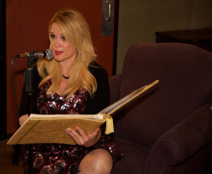 chase-masterson-narrating-kaylene-peoples-standard-stories-photos-by-robert-fisher